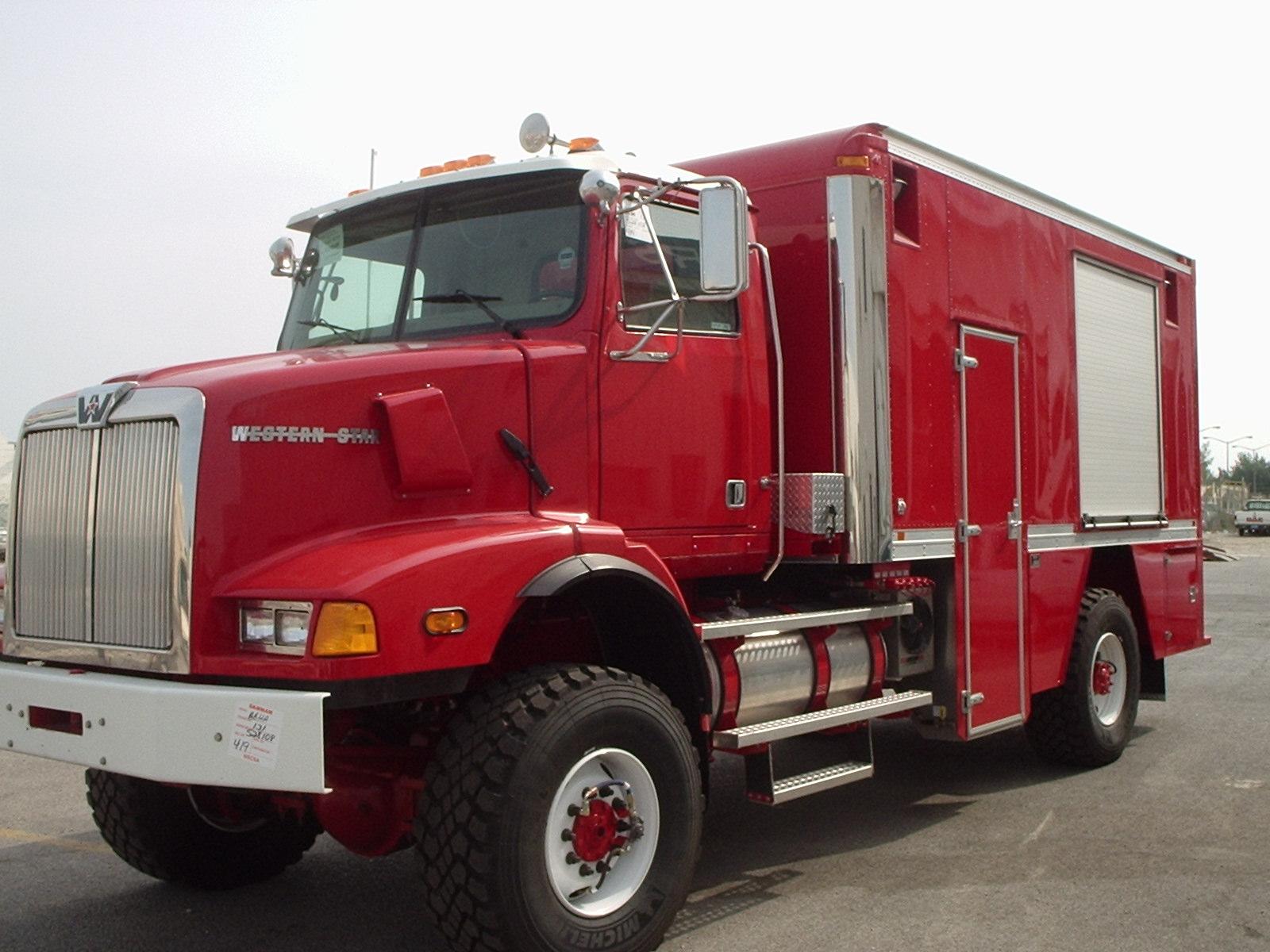 WSTAR -CARCO Aramco Lube Truck.JPG